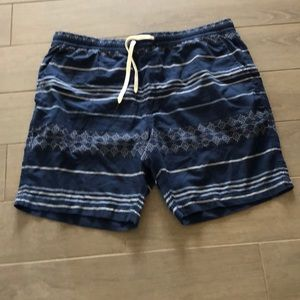 American Eagle pull on shorts